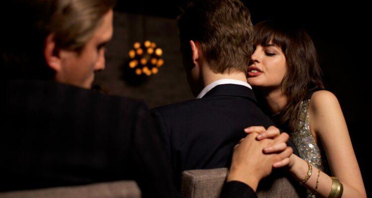 Можно ли предсказать неверность своего партнера?