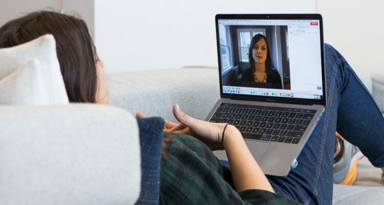 Почему психологи выбирают онлайн терапию для себя