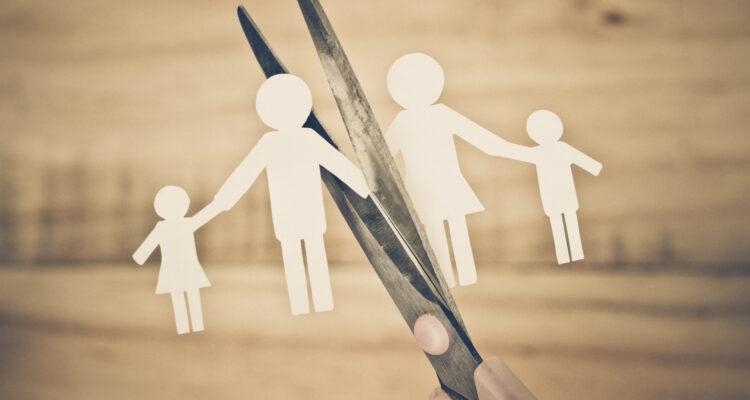 Почему развод ощущается как смерть