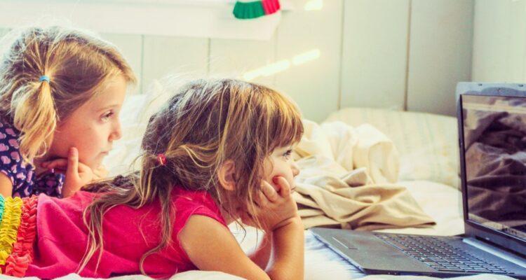 Время экрана вредят детям?