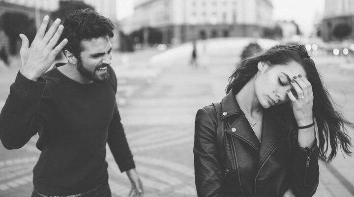 Почему сложно уйти от эмоционального насилия в отношениях