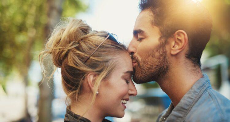 Эксперт по отношениям о вопросах любви
